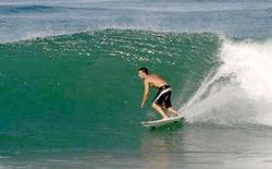 La Union Surfing Break