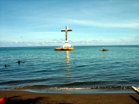 Adventure Traveling - Camiguin's Sunken Cemetery,  Philippines