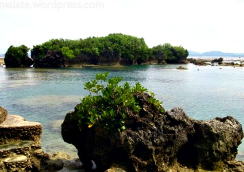 Chill Out in Eastern Samar's Hidden Paradise; Santa Monica Island