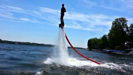 Lapu-Lapu City Offers New Watersport to Tourists; Flyboarding