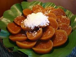 Philippine Desserts - Kutsinta