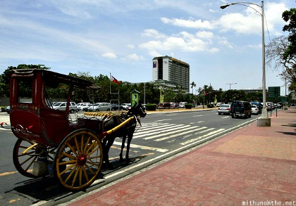 Roxas Boulevard, Manila to be Restored to Serve Pedestrians – DOT