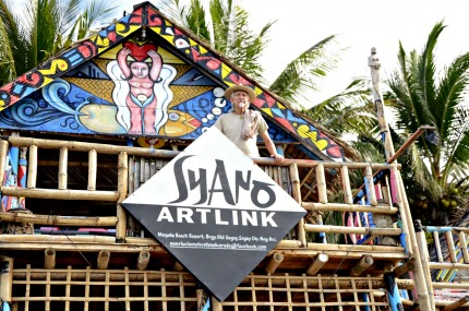 Life's a Beach: Artist From Sagay City Turns Beach house Into Cafe-Art Gallery