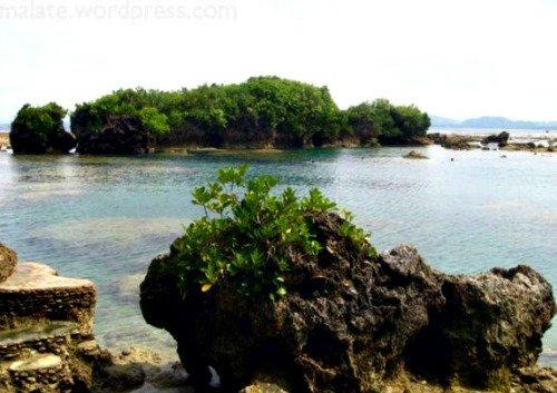 Chill Out in Eastern Samar's Hidden Paradise; Santa Monica Island