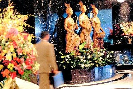 Mandarin Oriental, Manila - Five Star Hotel in Manila Philippines