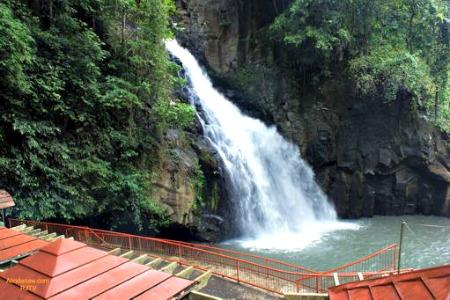 Roaming Around Gingoog City and its Superb Tourism Spots - Tiklas Falls
