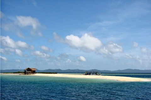 Masbate's Buntod Reef Lures Local, Foreign Tourists