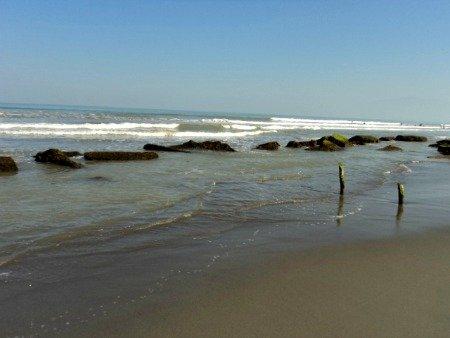 Tondaligan Blue Beach