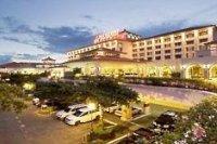 Waterfront Airport Hotel Mactan